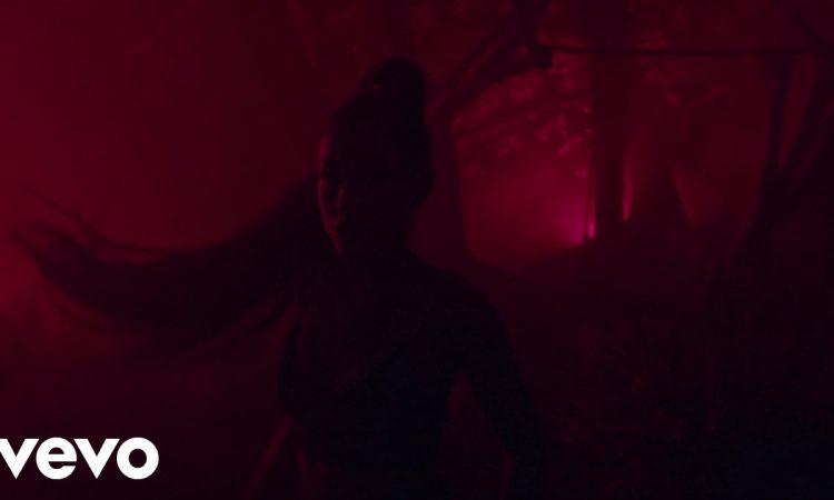 Ariana Grande ft. Nicki Minaj - The Light is Coming