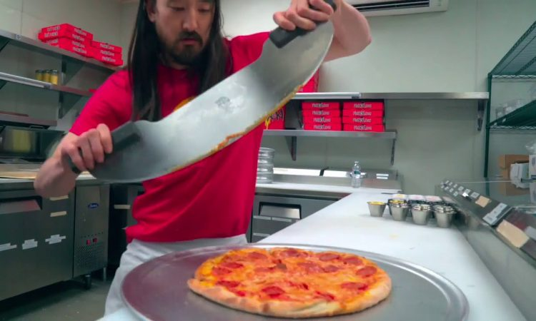 Steve Aoki Launches Pizza Delivery Restaurant Pizzaoki