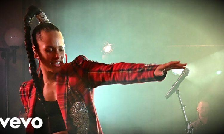 Alicia Keys - Fallin' in the Live Lounge | BBC RADIO 1