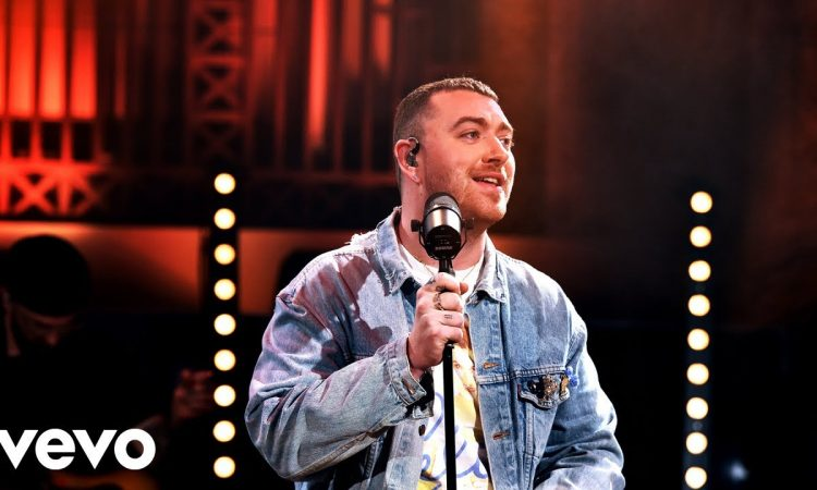 Sam Smith - Diamonds in the Live Lounge | BBC RADIO1